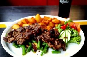 VitaStrength - Going gluten-free, steak and potatoes with veggies.